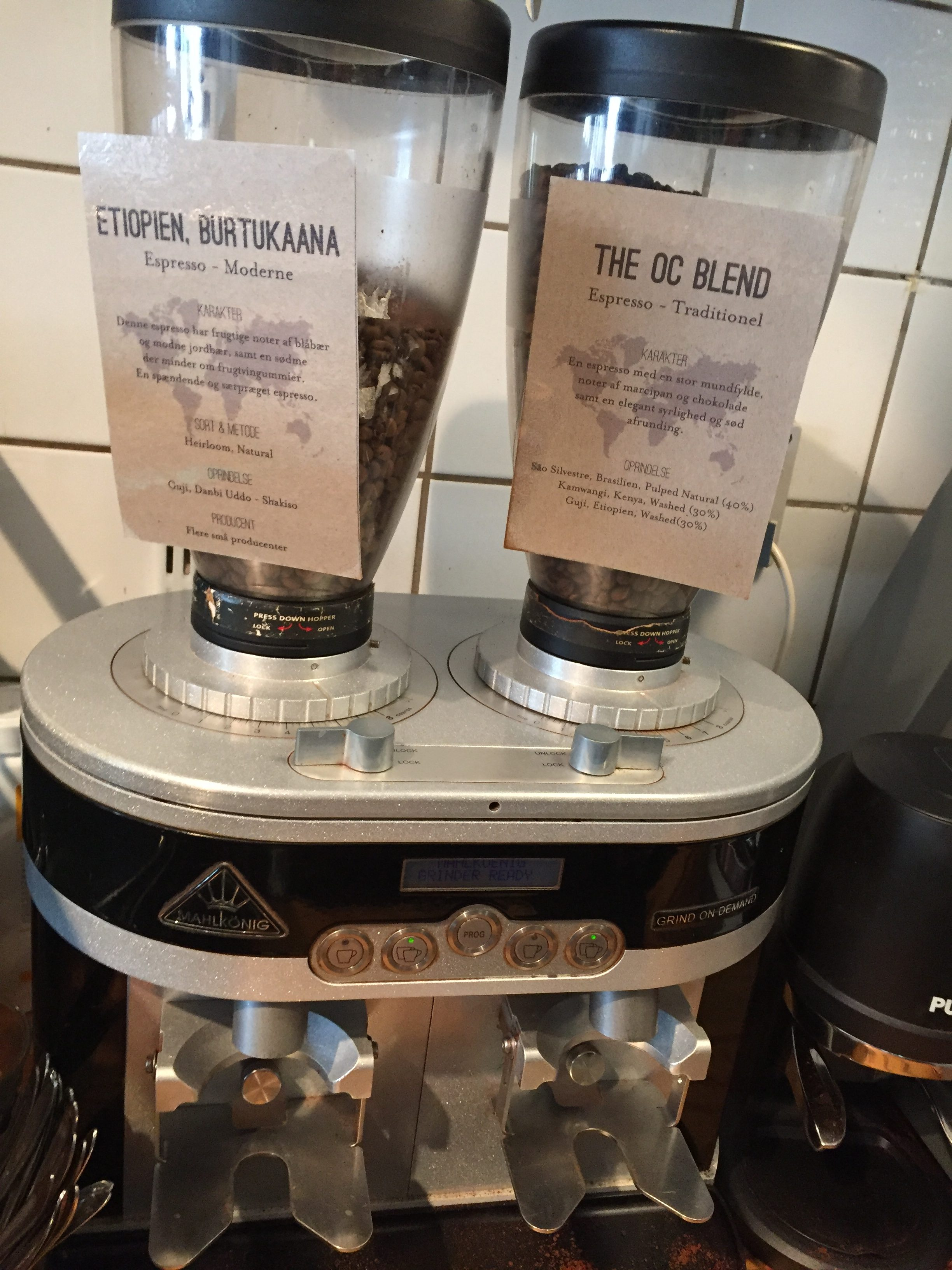 Light versus dark roast - CoffeeNavigatedByTaste